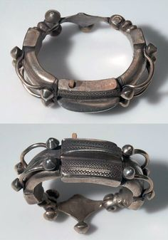 Morocco   Bracelet from the Tuareg people; silver