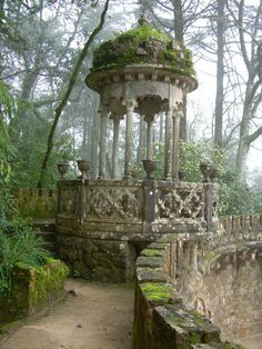 Gazebo in the Garden Pavilion in Quinta da Regaleira Palace, in romantic Sintra, Portugal Abandoned Buildings, Abandoned Places, Abandoned Mansions, Abandoned Castles, Garden Pavilion, Garden Gazebo, Palace Garden, Moss Garden, Succulent Planters