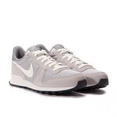 Nike Internationalist (Grau / Weiß)