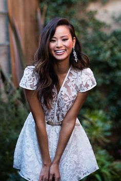 Little lace dress Jamie Chung White Lace, White Dress, Estilo Cool, Mod Wedding, Wedding Hair, Lace Wedding, Look At You, Looks Style, Poses