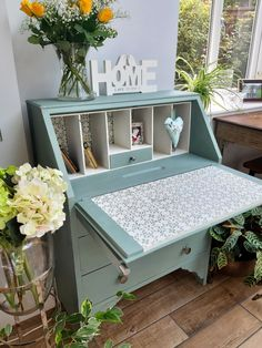 Hand Painted Furniture, Funky Furniture, Recycled Furniture, Refurbished Furniture, Paint Furniture, Shabby Chic Furniture, Furniture Projects, Furniture Makeover, Furniture Design