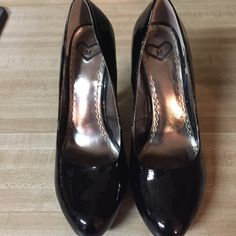 """‼️‼️‼️ Madeline platforms ‼️‼️ALL FUNDS FOING TOWARDS A MISSION TRIP TO GERMANY I AM TAKING IN JUNE 2016‼️‼️‼️ Only worn once for a few hours to a formal dinner. Madeline brand. Purchased from a local boutique called """"I  Shoes"""" Glossy black!! So gorgeous! No trades ‼️ Madeline Shoes Platforms"""