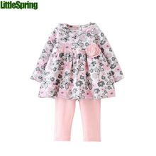 2015 bahar yenidoğan arabacılarla bebek kız kelebek giyim grubu 2 adet set t- shirt+pants rahat çiçek pamuklu giysiler(China (Mainland))