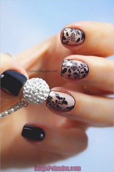 Lace is a classic design element in modern fashion. Today we are here to share and discuss the concept of lace nail art design. Today, lace nail art design is very popular. Many women are fascinated by complex and detailed fabric patterns. Chic Nail Designs, Lace Nail Design, Lace Nail Art, Lace Nails, Floral Nail Art, Short Nail Designs, Nails Design, Floral Designs, Nail Art Dentelle