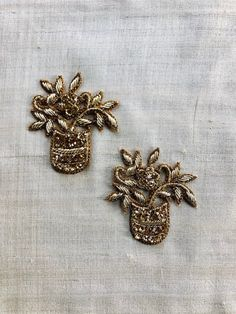 Check out our gold flower applique embroidered selection for the very best in unique or custom, handmade pieces from our shops. Zardosi Embroidery, Hand Embroidery Dress, Embroidery On Clothes, Embroidery Fashion, Beaded Embroidery, Embroidery Applique, Border Embroidery Designs, Embroidery Suits Design, Fancy Blouse Designs