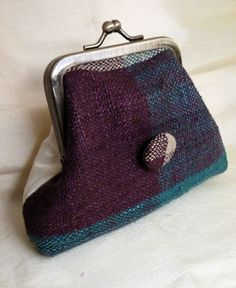 Woven silk purse © Diane Shaw Silks can now be purchased here: https://www.etsy.com/uk/listing/257923280/silk-weave-purse-with-cream-dupion-silk?ref=shop_home_active_2