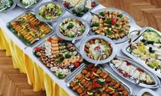 buffet for kids party Host A Party, Greek Recipes, Pasta Salad, Food Videos, Party Time, Buffet, Food And Drink, Snacks, Cooking
