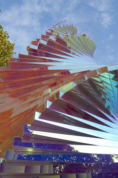 Alyson Shotz Helix (detail), 2009 aluminum, steel, and dichroic acrylic 17 x 4 x 4 feet
