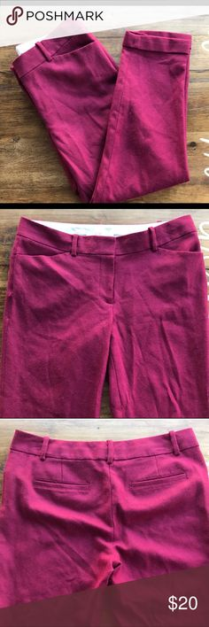 LOFT Marisa fuchsia pants Reposhing because the cropped look isn't for me ☹️ in good used condition. LOFT Pants Ankle & Cropped