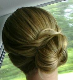 Another way to place your bun and still look elegant..