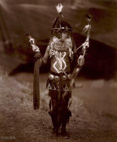 [Zahadolzhá - Navaho + - + full + + dress.jpg cerimonial]