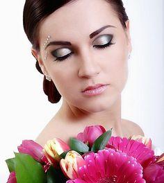 Makijaż Ślubny Gdynia Make Up, Crown, Fashion, Wedding Makeup, Moda, Corona, Fashion Styles, Makeup, Beauty Makeup