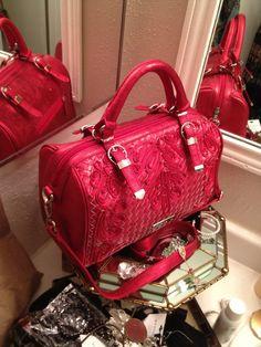 NWOT Nicole Lee Red Ruby Fire Tote Handbag! NICE!!  lo quieroooooo