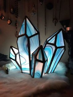 Excited to share this item from my shop: Pattern Crystal cluster Stained glass. Hand made craft decor by Stained Glass Projects, Stained Glass Patterns, Stained Glass Lamps, Fused Glass, Mosaic Patterns, Stained Glass Designs, Art Patterns, Geometric Decor, Glass Terrarium