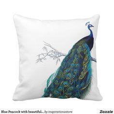 Paon bleu avec de belles plumes de queue coussin décoratif