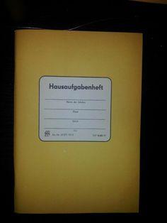 ja, darin haben wir unsere Hausaufgaben verewigt ...