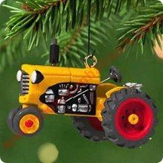 2001 Antique Tractors #5 - MINIATURE