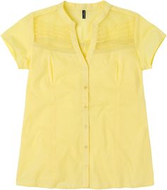 Weekend. Modelo: G815A0314575AMA. Blusa manga corta, detalle en el pecho, tela en dobbie, cuello mao.