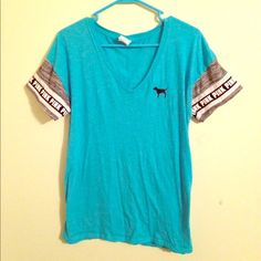 PINK Victoria's Secret T-Shirt Great condition. PINK Victoria's Secret Tops Tees - Short Sleeve