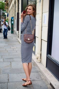 Stripped dress and chocolate brown purse and sandals outfit