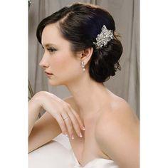Daphne Clip by #SaraGabriel - filigree of Swarovski crystal and freshwater pearls.