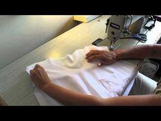 Como hacer y coser una blusa básica blanca http://ohmothermine.blogspot.com.es/2012/08/blusa-blanca-basica.html