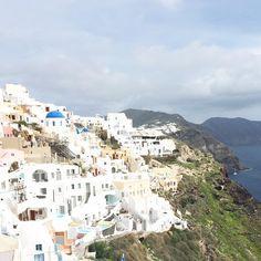 Travel Santorini, Greece Santorini Greece, Places Ive Been, Paris Skyline, Dolores Park, To Go, Travel, Viajes, Destinations, Traveling
