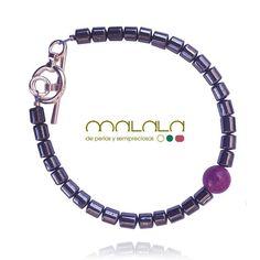 #Pulsera de #hematite #jade rosa y cierre en #plata. 40. Disponible en tienda online: http://ift.tt/1TN040s  #bracelet #silver #accesories #diseñoExclusivo #elegancia #fashion #femenino #fino #gift #guapa #handmade #hautecouturejewelry #instafashion #jewel #joya #joyeria #joyeriadediseño #ladies #MadeinSpain #madrid #magia #MalalaDePerlas