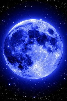 Breath Taking Picture Of The Moon