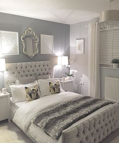 Silver bedroom decor, master bedroom grey, grey and white room, grey room d Grey Bedroom Design, Bed Design, Design Set, House Design, Grey Room, Grey And White Room, White Space, Dream Rooms, Dream Bedroom