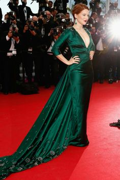 Léa Seydoux in a floor sweeping jade Prada gown