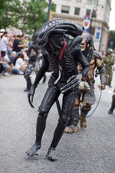 Alien Halloween Costumes | Costumepedia.com