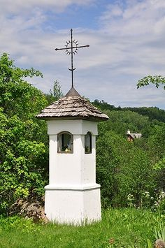Home Altar, Chapelle, Blessed Mother, Kirchen, Poland, Countryside, Gazebo, Outdoor Structures, Outdoor Decor