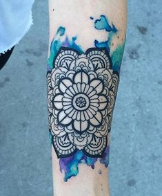 Mandala tattoo design ideas that are anything but basic. These mandala designs aren't just beautiful -- a mandala tattoo's meaning is also significant. Mandala Tattoo Design, Forearm Mandala Tattoo, Colorful Mandala Tattoo, Mandala Tattoo Meaning, Watercolor Mandala, Mandalas Painting, Mandalas Drawing, Henna Tattoo Designs, Watercolor Tattoos