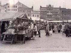 Northampton Market Square - can just make out the word Odeon in top left hand corner - looks about Northampton England, Sign Writing, Moving To California, Local History, Making Out, Old Photos, Childhood Memories, Fair Grounds, Street View