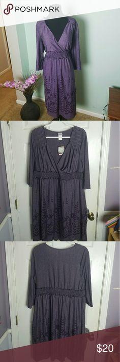 NWT Purple V Neck Dress Brand new with tags. Size 18/20 Dresses Midi