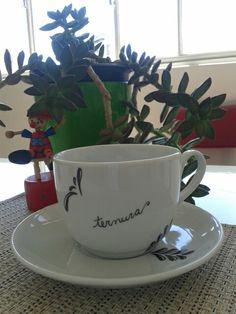 Coisas da Bubu, porcelanas, xícaras,  porcelanas pintadas.