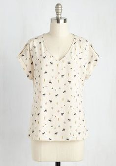 Pastry Picks Top in Zebras. Your favorite treats are even sweeter when youre wearing this ivory top! #white #modcloth