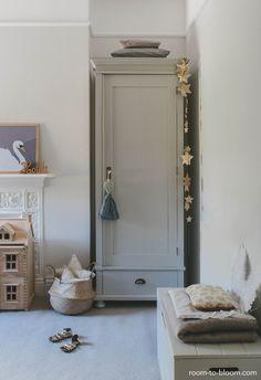 interior design childrens room: grey & lilac | Room to Bloom