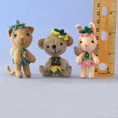 free miniature trio by Sue Pendleton