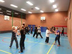 Een volle Wing Chun les in Lelystad!  Geweldig om hiermee de laatste wingchun les van het jaar mee af te sluiten...wat een positieve energie!!  www.kungfuacademy.nl