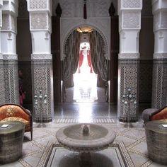 dam-images-daily-2012-08-marrakech-marrakech-architecture-13-mansour-lobby.jpg