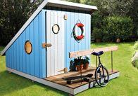 Das abenteuerliche Spielhaus hübscht nicht nur den Garten auf, sondern erfüllt auch jeden Kindertraum - da tobt die Hütte!