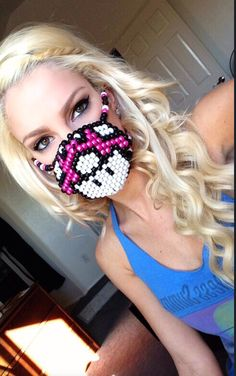 this would def go perfect with my princess peach rave outfit i cant wait til its finished Kandi Mask, Rave Gear, Rave Mask, Kandi Bracelets, Kandi Patterns, Mask Girl, Pony Beads, Rave Outfits, Diy Clothing