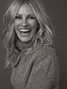 """Julia Roberts- she encourages me to embraces every thing about me, especially the parts that I can't seem to understand and figure out. In 2001 she gave a speech that reflected who she was and to me that is true beauty.  """"I have a television, so I'm going to spend some time here to tell you some things. And sir [speaking to music conductor Bill Conti], you're doing a great job, but you're so quick with that stick. So why don't you sit, 'cause I may never be here again."""" - at the Oscars ❤️"""