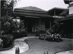 The Nurses Quarters at Sternberg Hospital, Manila, surrounded by gardens of orchids and purple bougainvillea. Bataan, Vintage Nurse, Prisoners Of War, Army & Navy, United States Army, Bougainvillea, General Hospital, Tropical Garden, Vintage Pictures