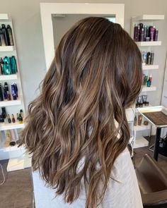 Long Wavy Ash-Brown Balayage - 20 Light Brown Hair Color Ideas for Your New Look - The Trending Hairstyle Brown Hair Balayage, Brown Blonde Hair, Hair Color Balayage, Hair Highlights, Light Brunette Hair, Brown Hair With Lowlights, Dyed Hair Brown, Hair Color Brunette, Brunette With Caramel Highlights