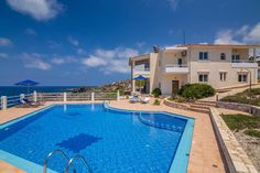 Holiday Villa with swimming pool in Chania - private pool and beach/lake nearby