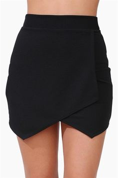 Envelope skirts are very chic and give an edgy alternative to a pencil skirt! I would style this skirt with a structured boxy top.