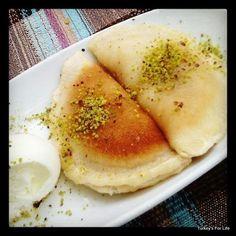 Turkish Food - Cevizli Taş Kadayıf